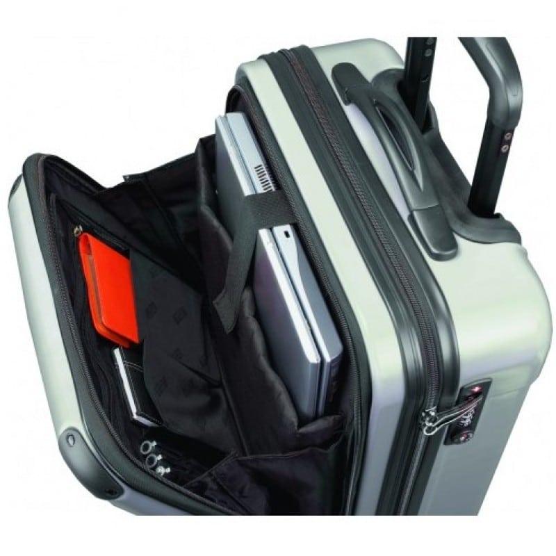 Un voyage, une valise cabine